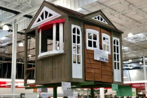 KidKraft Cedar Summit Country Vista in Costco